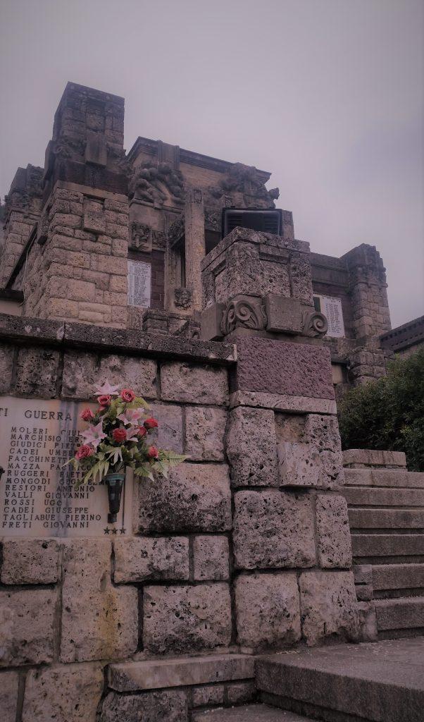 Particolare Mausoleo Faccanoni