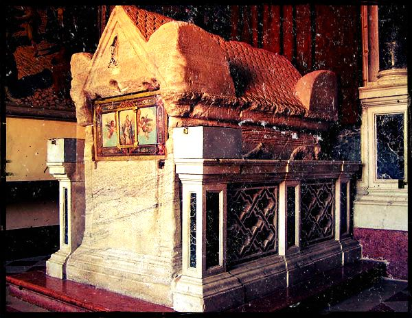 sarcofago sant'Eufemia